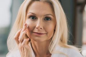 9 основных правил по уходу за зрелой кожей