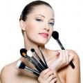 Кисти и средства для нанесения макияжа